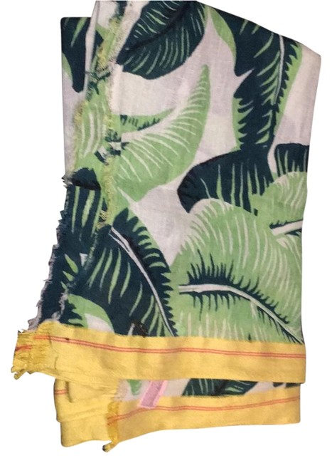 Item - Green and Yellow Scarf/Wrap