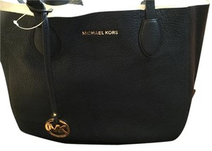 Michael Kors Mk Leather Tote in Navy/White