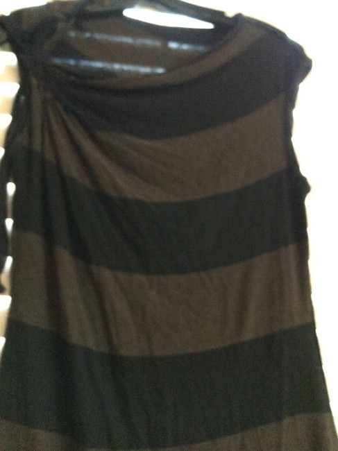Preload https://item3.tradesy.com/images/bailey-tunic-black-and-brown-1621197-0-0.jpg?width=400&height=650