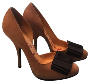 Lanvin Tan suede with black bow Pumps
