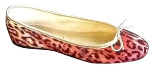 London Sole Made In France Pink with Gold Trim Flats