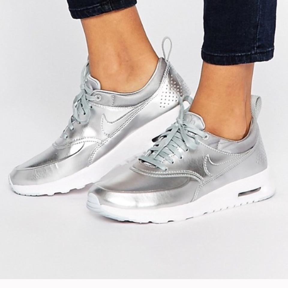 premium selection 4df10 72521 Nike Metallic Silver Athletic Image 0 ...