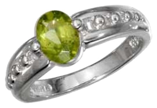 unknown STERLING SILVER OVAL PERIDOT RING WITH BEADED BAND