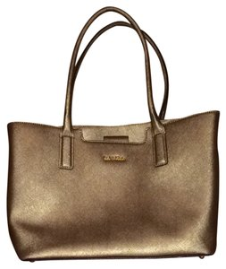 Calvin Klein Tote in Brushes gold