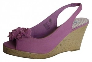 American Eagle Outfitters Heel Purple Sling Back Peep Toe Flower Detail Size 8.5 Lavendar/Lilac Wedges