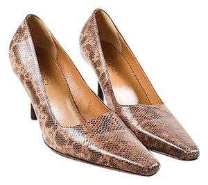 Gucci Snakeskin Printed Brown Pumps