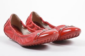 Tod's Tods Leather Patent Round Red Flats