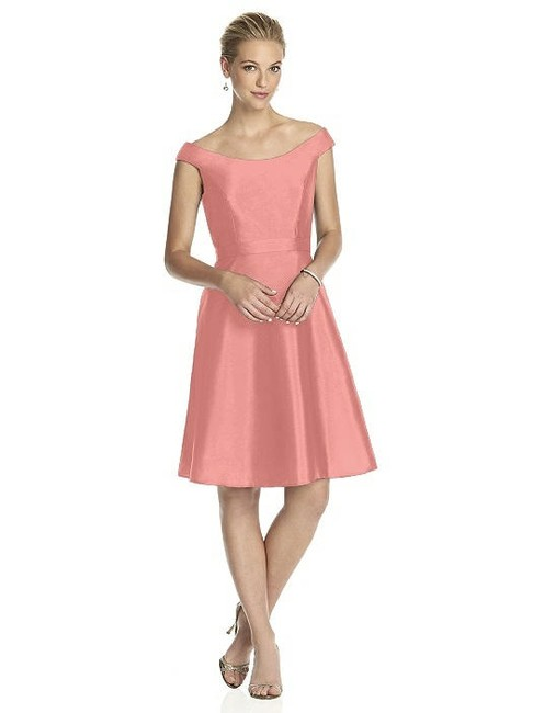Alfred Sung Apricot Peau De Soie D686 Modern Bridesmaid/Mob Dress Size 12 (L) Alfred Sung Apricot Peau De Soie D686 Modern Bridesmaid/Mob Dress Size 12 (L) Image 1