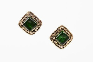 Chanel Vintage Chanel Gold Tone Emerald Green Stone Floral Square Clip On Earrings