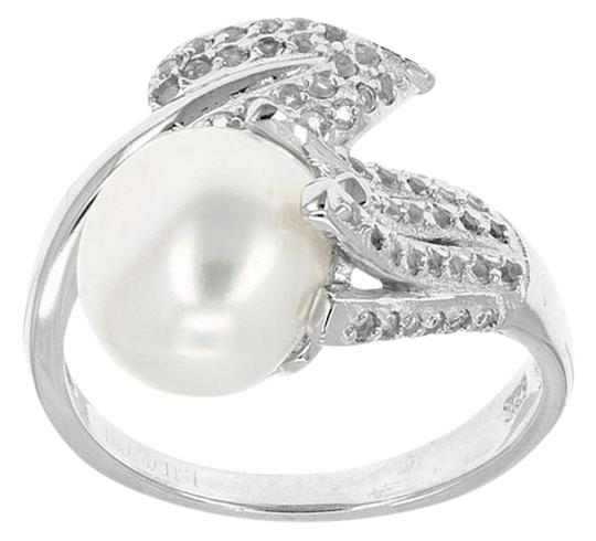 Preload https://img-static.tradesy.com/item/16227028/white-budding-vine-bypass-pearl-pave-topaz-accents-ring-0-1-540-540.jpg