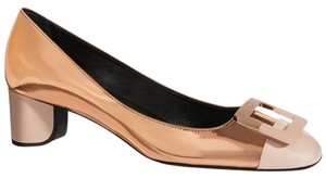 Roger Vivier U-look 45mm Heel Gold/nude Rose Gold/Nude Pumps
