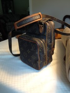 Louis Vuitton Mini Amazon Cross Body Bag