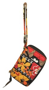 Vera Bradley VERA BRADLEY CARRY IT ALL WRISTLET BITTERSWEET PATTERN