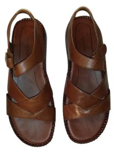 Naturalizer Brown Sandals