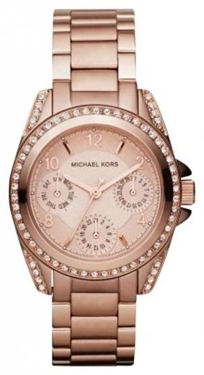 Preload https://img-static.tradesy.com/item/162326/michael-kors-rose-gold-style-number-mk5613-watch-0-0-540-540.jpg