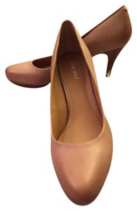 Nine West Tan, Neutral Pumps