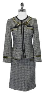 Anna Sui Anna Sui - Gray Herringbone Tweed Suit w/ Gold Trim Sz 6