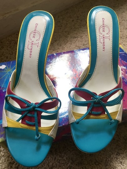 Chinese Laundry Multicolored Stiletto Bright Neon Bows White, Blue, Pink, Yellow Pumps Image 2