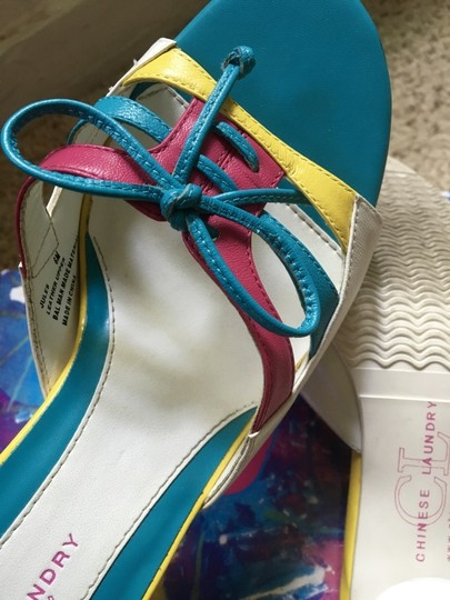 Chinese Laundry Multicolored Stiletto Bright Neon Bows White, Blue, Pink, Yellow Pumps Image 7