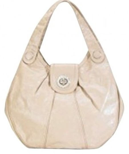 Preload https://img-static.tradesy.com/item/162367/marc-jacobs-by-purse-tan-cow-leather-hobo-bag-0-0-540-540.jpg