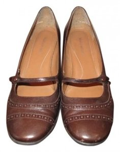 Naturalizer Chocolate Brown Wedges