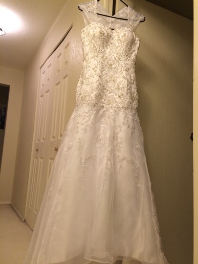 White Wedding Dress Size 4 (S)