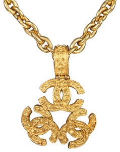 Chanel Chanel Gold Logo Medallion Necklace 94A