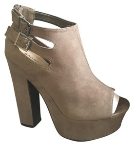 Girly Boutique Platforms