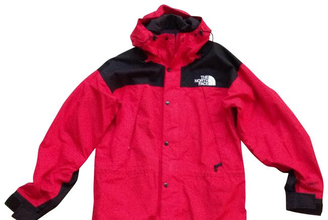 Preload https://img-static.tradesy.com/item/162407/the-north-face-red-and-black-size-6-s-0-0-650-650.jpg