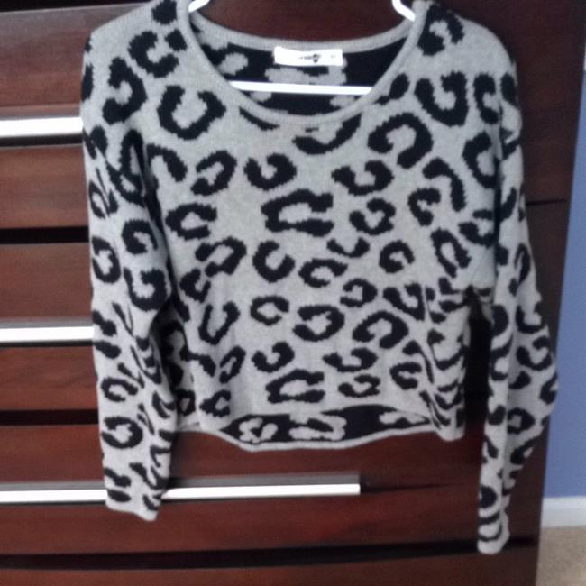 Kensie Cropped Like New Xs Leopard Black Casual Casual Sweater