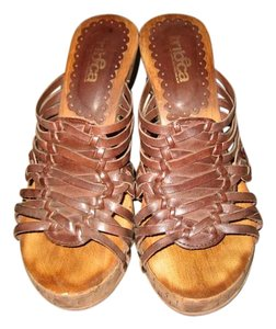 Tribeca by Kenneth Cole Leather Brown Sandals