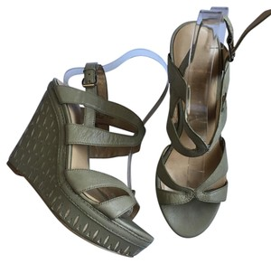 Nine West Sandal Beige/Tan Wedges