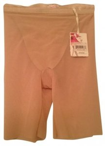 Spanx Spanx Haute Contour Sexy Sheer Mid-Thigh Shaper