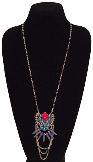 Preload https://img-static.tradesy.com/item/16254199/burnished-silver-turquoise-and-red-marble-long-chain-tribal-pendant-necklace-0-5-540-540.jpg
