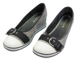 American Eagle Outfitters Size 9.50 M Black, White, Wedges