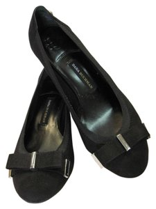 Dana Buchman New Size 8.00 M Black Pumps