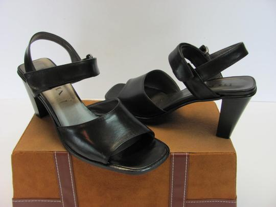 Proxima New Size 8.00 M Very Good Condition Black Sandals Image 1