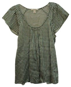 Banana Republic Preppy Houndstooth Silk Top Green Houndstooth