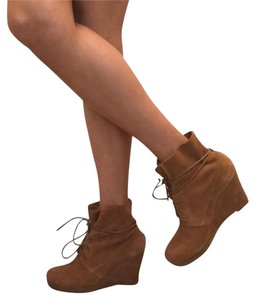Sole Society Wedge Suede Tan Boots