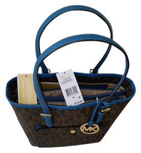 Michael Kors Key Fob Padded Interior Tech Friendly Mk Signature Tote in Brown/Steel Blue