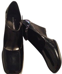 Enzo Angiolini Black Wedges