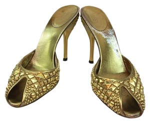 Gucci Gold Leather Sandal Sandals