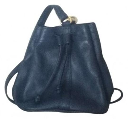 Preload https://item1.tradesy.com/images/anne-klein-for-calderon-navy-leather-cross-body-bag-162645-0-0.jpg?width=440&height=440