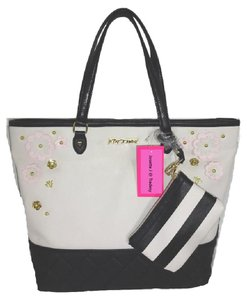 Betsey Johnson Blush/Bone/ Wristlet Tote in black/bone