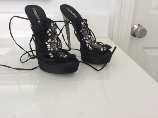 D squared Black with crystals Pumps Image 3