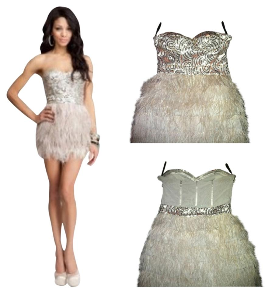 3d95a64e3e bebe Nude  Silver Isis Sequin Feather Mini Cocktail Dress Size 8 (M ...