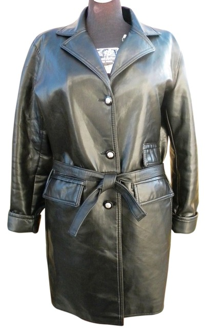Preload https://item1.tradesy.com/images/black-new-italian-faux-leather-jacket-medusa-buttons-l-trench-coat-size-12-l-1627920-0-0.jpg?width=400&height=650