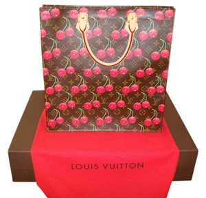Louis Vuitton Discontinued Limited Edition Never Used Tote