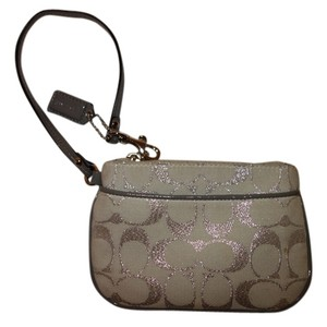 Coach WHITE/SILVER Clutch