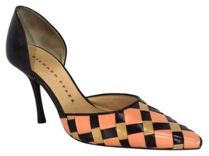 Richard Tyler Peach & Brown Pumps